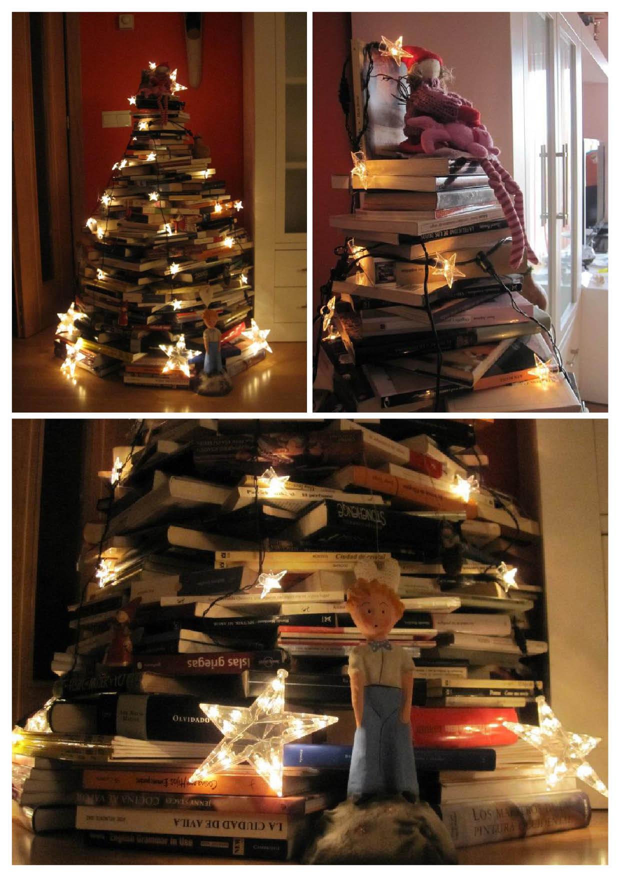 Árbol de Navidad de libros y luces
