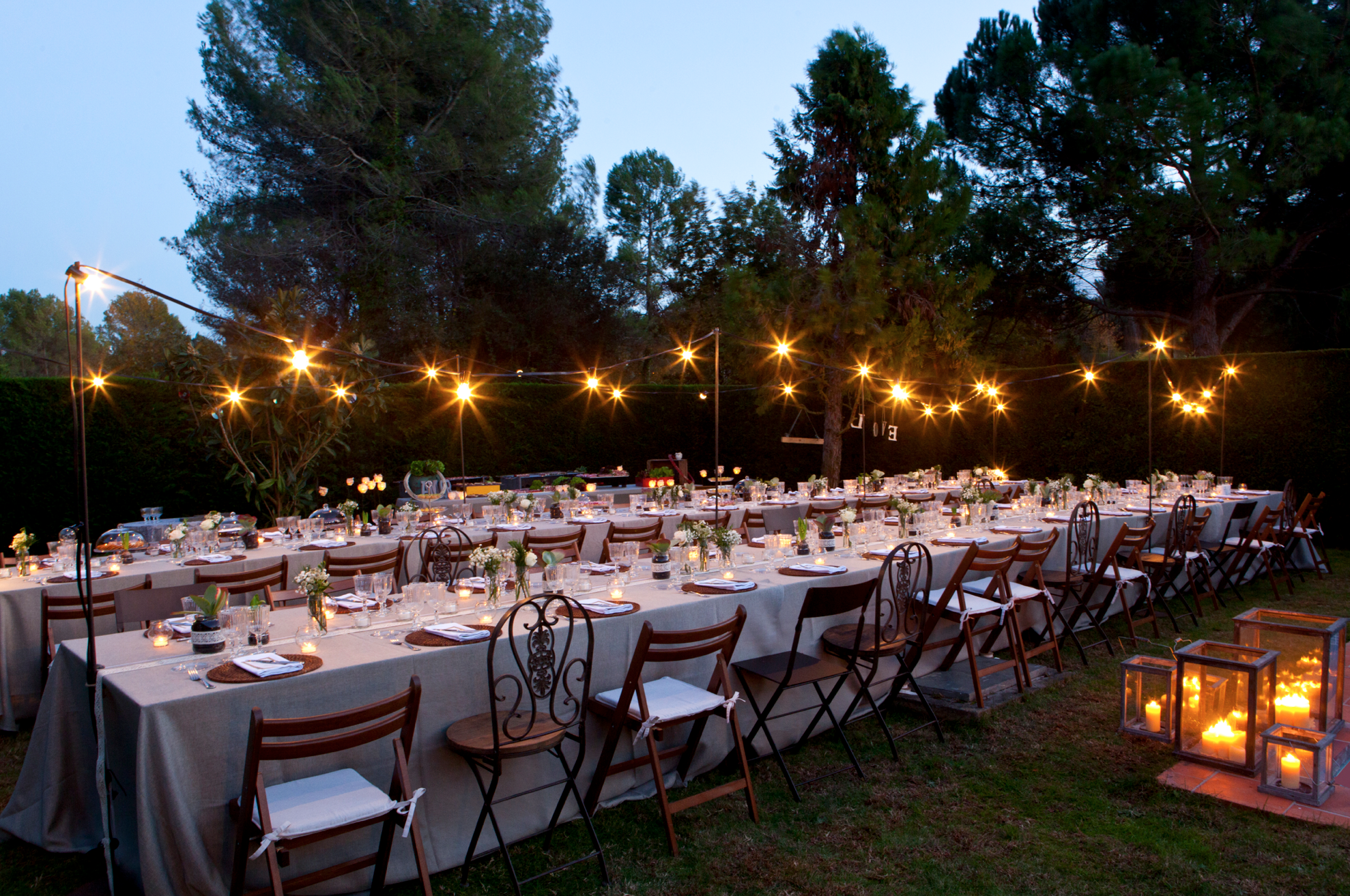 Una boda wonderful por esther conde muymolon for Bodas de noche en jardin