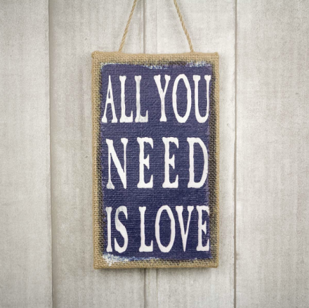 mrwonderfulshop_lienzo_all_you_need_is_love_01
