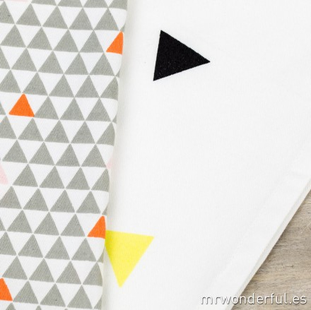 62000006_kitchen-towel_triangulos-5