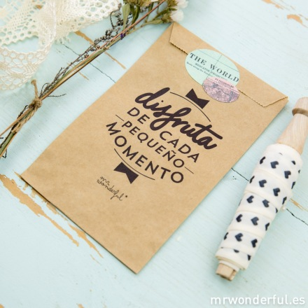 mrwonderful_kraft19_bolsa-kraft-regalo-P-2
