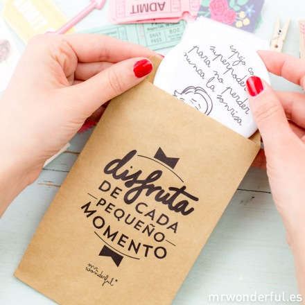 mrwonderful_kraft19_bolsa-kraft-regalo-P-20