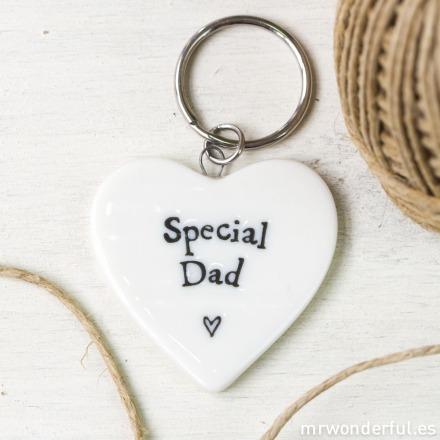 mrwonderful_165_llavero-corazon-porcelana_special-dad-6-2