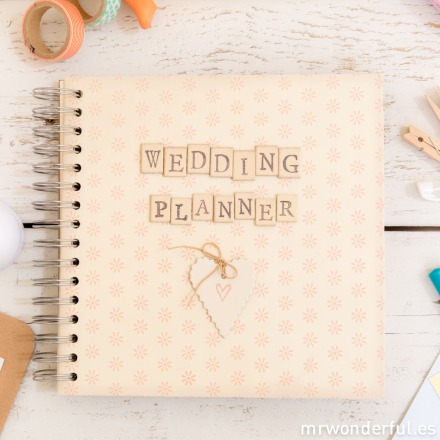 mrwonderful_1759_album-scrapbook_wedding-planner-2