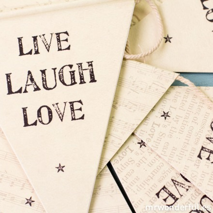 mrwonderful_621_banderines-papel_live-laugh-love-6-2