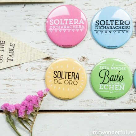 mrwonderful_CHAP04_chapas-superchulas-bodas-color-pack-3