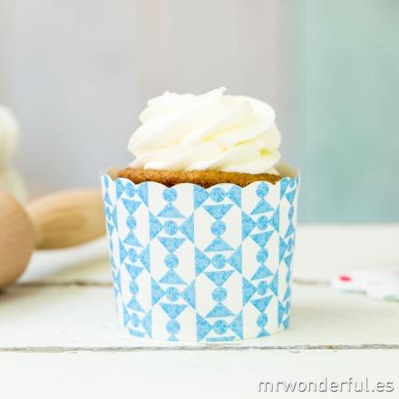 mrwonderful_GL0115_3_moldes-cupcakes_blanco-pajarias-azules-6