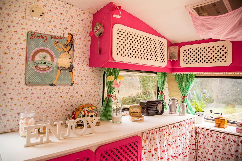 Caravana vintage muymolon - Decoracion interiores vintage ...