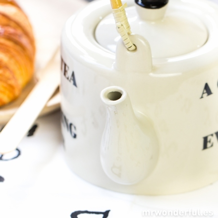 mrwonderful_21100251_tetera-ceramica-a-cup-of-tea-6