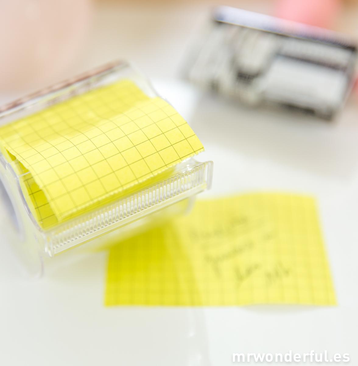 mrwonderful_COL-M2-YE_rollo-notas-adhesivas-amarillo-12