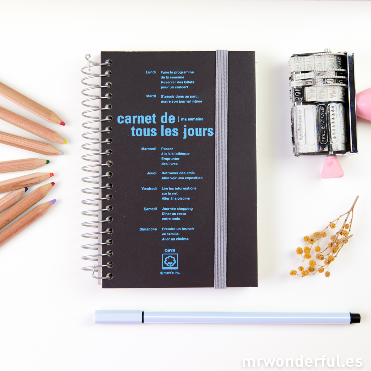 mrwonderful_DAY-2B6-BR_libreta-pautada-days-marron-oscuro-1