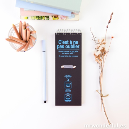 mrwonderful_DAY-NB7-BR_libreta-pautada-vertical-days-marron oscuro-1