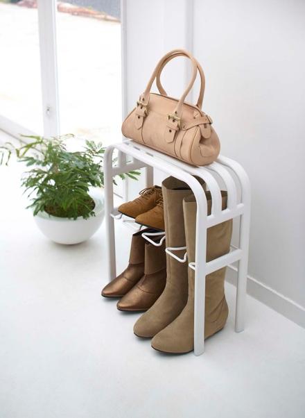 bench-boots-yamazaki-yamazaki