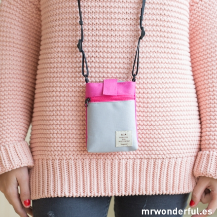 mrwonderful_ICONIC182A_Bandolera-pequeña-rosa-gris-7