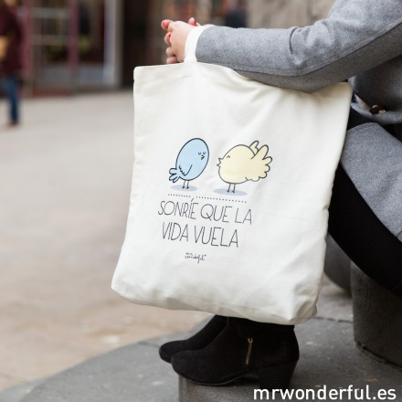 mrwonderful_tote-bags-2014_lifestyle-189