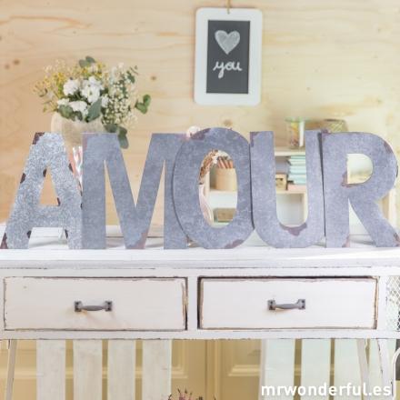 Letras metálicas Amour Mr.Wonderful