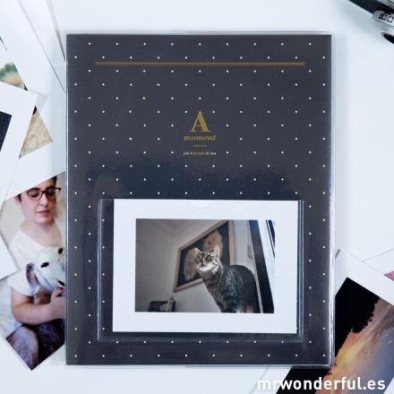 Mr.Wonderful Álbum de fotos a A moment azul con topitos