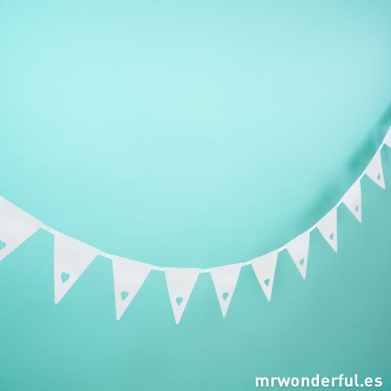 mrwonderful_SAIR-HEART_Guirnalda-banderines-corazones-8