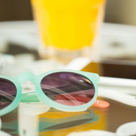 mrwonderful_WOA02844_8435428501341_MISS_023_Gafas-Tequila-Sunrise-Siempre-es-verano-en-algun-lugar-87