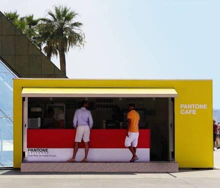 pantonecafe6-900x771