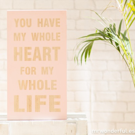 mrwonderful_65000_2_letrero-madera-live-laugh-love-rosa-2