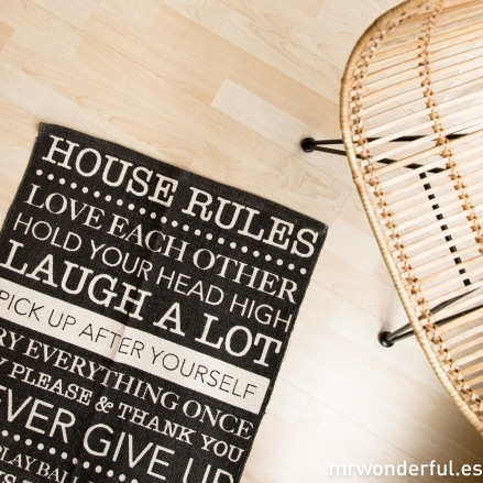 mrwonderful_dm0053_1_alfombra-pequeña-house-rules-negro-10