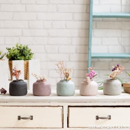 mrwonderful_ficha-configurable_459001_jarrones-pequeños-porcelana-azul-grisclaro-grisoscuro-lila-rosa-5-colores-32
