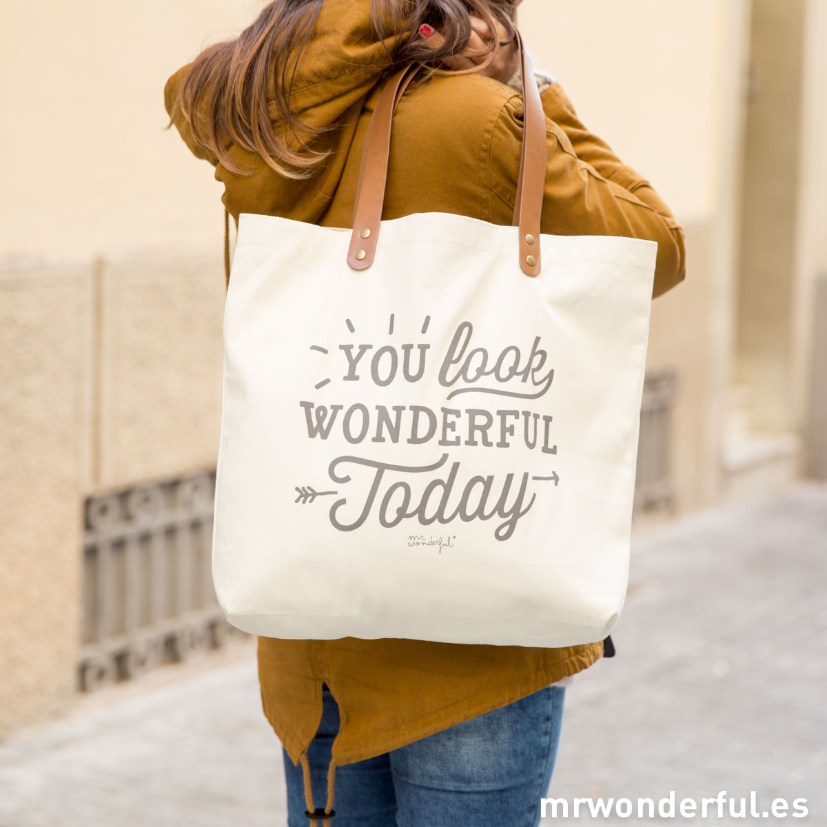 mrwonderful_totebag-you-look-wonderful-today-2015-1