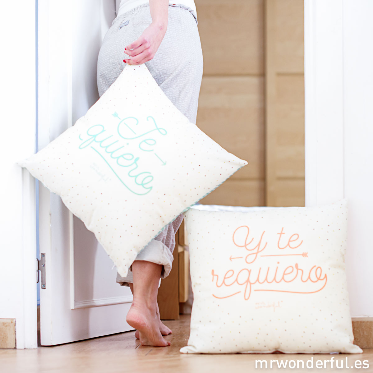 Mr_Wonderful-cojines-te_quiero_y_te_requiero-3