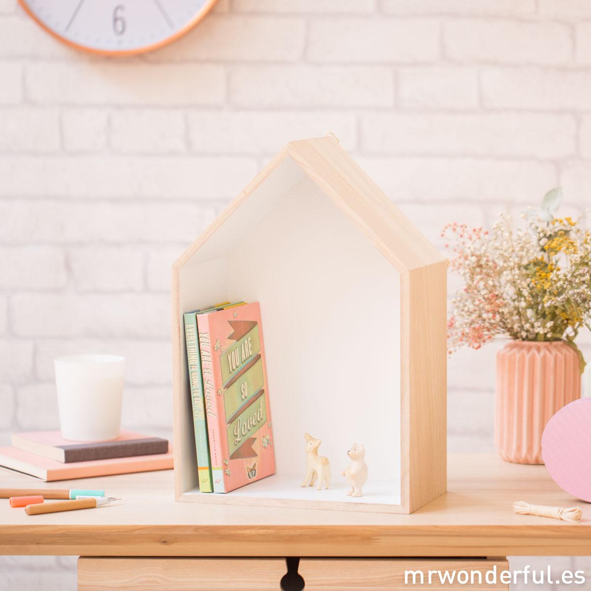 mrwonderful_PRA02792_estantes-madera-casa_bloomingville-21-Editar